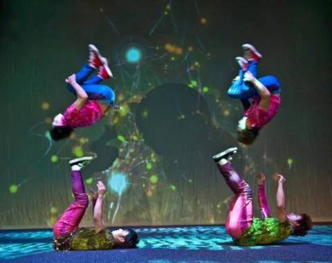 Death-defying acrobatics from Chinese street dancers